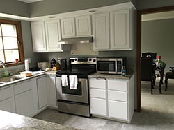 Before-Kitchen-Cabinet-Refinishing-for-Naperville-Aurora